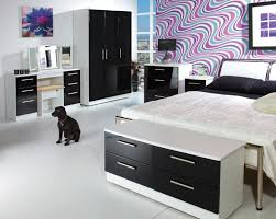 Purple Black And White Bedroom Purple And White Bedroom Purple White Bedroom Wall Black Iron