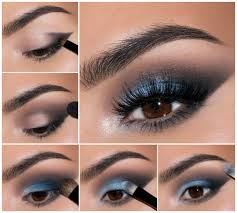 our dressing gown for smokey eyes use dark eye shadow in brown or gray according to your type las with a light skin color and light eye color