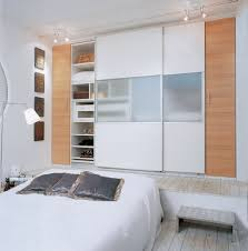 large and white sliding closet door with semi transpa board at the center