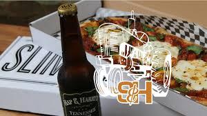 (Sorta) First <b>Bite</b>: <b>Slim</b> & Husky's Pizza Beeria