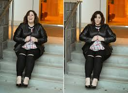 perfect plus size black ripped knee skinny jeans blogger pick jessica kane