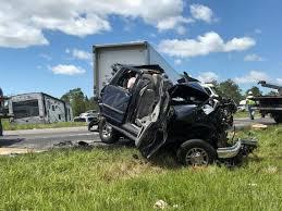 4 Killed In Crash That Shut Down I 10 In Gautier The Sun Herald