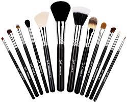 sigma beauty essential kit make me cly brush set ckc01 amazon co uk beauty