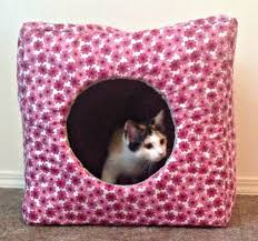 Diy Dog Bed 16 Diy Dog Bed Projects Diy Cat Houses That Are The Cats Meow