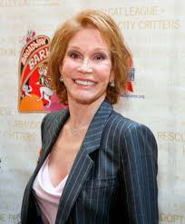 mary tyler moore amputation. Perfect Amputation Mary Tyler Mooreu0027s Battle With Diabetes U2014 Her Famous Friends Speak Out   Closer Weekly Moore Amputation Y