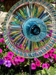 garden stakes yard sun catcher glass plate flower photo details from these image we try