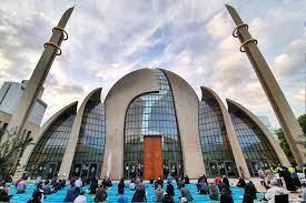 Almanya'da şehirlere göre Kurban Bayram namazı vakitleri | m