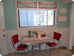 Retro Kitchen Wall Decor Kitchen Room Design Ideas Interior Beautiful Small Retro Dining