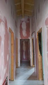 Soffitto In Legno Illuminazione : Come illuminare il mio salotto e corridoio con soffitto a tetto