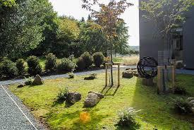 photograph of a moss garden by gardeners babylon design watlington oxfordshire