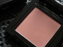 bobbi brown blush. a picture of the bobbi brown blush in tawny