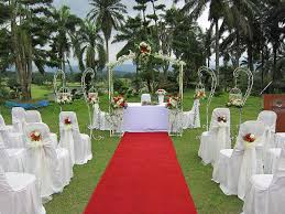 Outdoor Wedding Altar Decorations