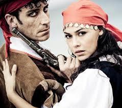 pirate couple