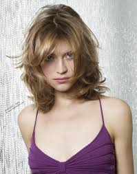 Bed Head Hairstyle 20 brightest medium layered haircuts to light you up hairstyle 3978 by wearticles.com