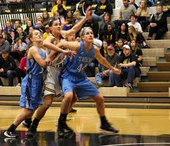 Lady 'Cats extend streak to 10 – The Wayne Stater