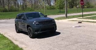 2018 jeep grand cherokee. interesting cherokee 14 photos youtuber drives 2018 jeep grand cherokee  inside jeep grand cherokee