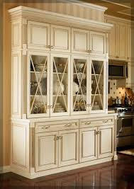 rustic hutch dining room: dining room hutches kraftmaid cabinetry hutch dining room hutches kraftmaid cabinetry