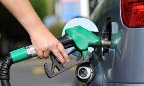 رغم ارتفاع حد الفقر...مجددا ارتفاع أسعار البنزين في تركيا - عربي برس