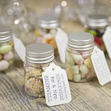 7 Nice and Unforgettable Ideas of Wedding Favors - Elasdress