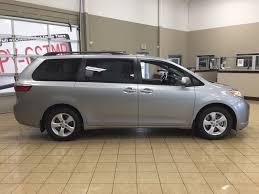 New 2017 Toyota Sienna LE FWD 4 Door Mini-Van Passenger in ...