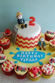 Firefighter Cupcake Decorations 17 Best Ideas About Firefighter Cakes On Pinterest Firefighter