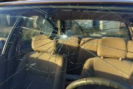 repairing windshield s at pacific auto glass in mesa arizona