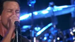 <b>Pearl Jam Lets</b> Play Two P 03 - video dailymotion