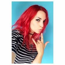 Emma Boss Et Ses Cheveux Rouges Emma Boss Pinterest