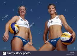 Womens Beach Volleyball Stockfotos und ...