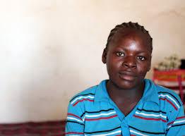 mothers support each other in rural zimbabwe elizabeth glaser mushumbi waiting shelter1 jpg