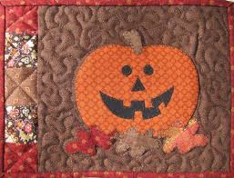 Celebrate Autumn With 7 Pumpkin Quilt Patterns & Pumpkin Mug Rug Adamdwight.com