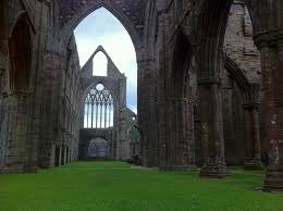 tintern abbey by william wordsworth summary images tintern abbey jpg jpg