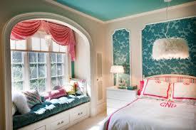 Tween Bedroom traditional-kids