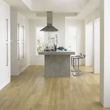 Solid Wood Floor In Kitchen Kitchen Best Light Oak Floor Kitchen With Seamless Light Wood