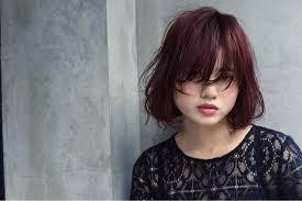 ポンパドールのやり方簡単アレンジならまずは前髪アップから Arine