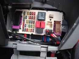 technical 2002 1 2 8v lights?? fuses??? the fiat forum fiat punto fuse box location at Fiat Punto Fuse Box