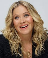 She receives a salary of $125 thousand per episode for appearing in tv series up all night. Christina Applegate Disney Wiki Fandom