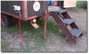 Einen bauwagen darfst zu zumindest zeitweise ohne baugenehmigung aufstellen. Der Strippenstrolch Alten Bauwagen Weiternutzen