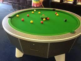 Round Pool Table - Design Miss