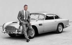Aston Martin Is Rebuilding James Bond S Goldfinger Db5 Techspot