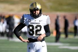 Every fbs move in 2020 american football 13h ago nfl draft prospects 2021: Vanderbilt Kicker Sarah Fuller Becomes 1st Woman To Play In A Power 5 College Football Game Oregonlive Com