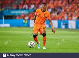 AMSTERDAM, NIEDERLANDE - 13. JUNI 2021: Patrick van Aanholt (12). 2020  EURO. Das Fußballspiel Ukraine gegen Niederlande Stockfotografie - Alamy