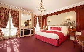 Luxury hotel near the Arc de Triomphe - Hotel Raphael Paris