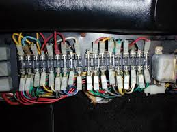 fuse box installation facbooik com How To Replace A Fuse Box In A Car aftermarket fusebox for ferrari 308 and 512 series how to replace a fuse box in a 1969 mustang