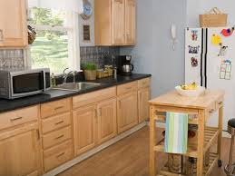 Oak Kitchen Cabinets And Wall Color Beautiful Interior Oak Kitchen Colors Kitchen Renovations And