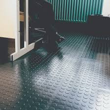 office floor tiles. whether you are dealing with blue chip or white collar clients skilled tradesmen members of the public will want any office floor tiles