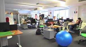 the farringdon office was no exception designed by the wife of a team member who just happens to be a specialist in graphic design and branding cisco meraki office