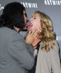 gene simmons son tongue. gene simmons and shannon tweed son tongue n