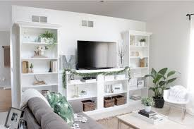 10 ways to diy your own built in shelves decorate tv niche above fireplace decorate around