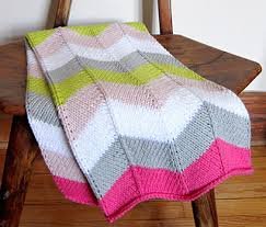 Chevron Knitting Pattern Extraordinary Ravelry Chevron Baby Blanket Pattern By Espace Tricot